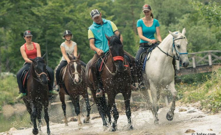 horse riding costarica